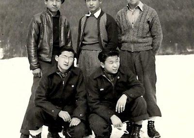 1943-dec-tashme-friends