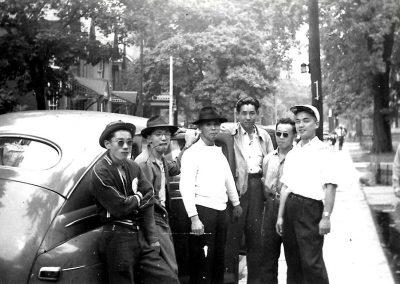 1950s-cool-guys-car